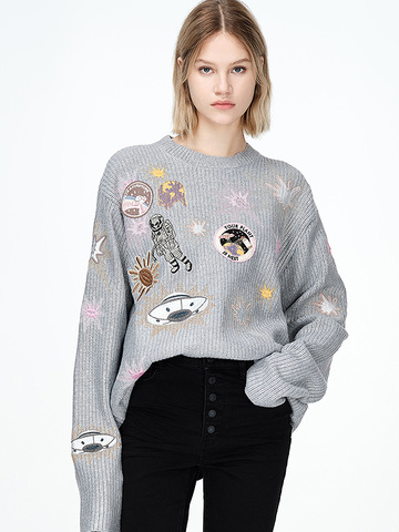 Embroidery Knit Top