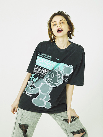 Illustration Printed T-shirt